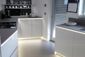 Küche mit XXL FLiesen
