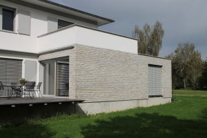 Natursteinfassade